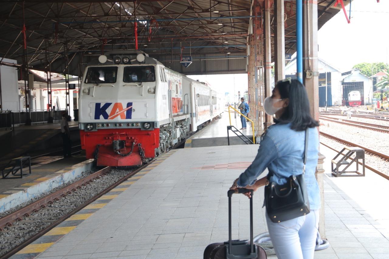 Syarat Perjalanan KA Jarak Jauh di Daop 7 Madiun Mulai 26 Juli