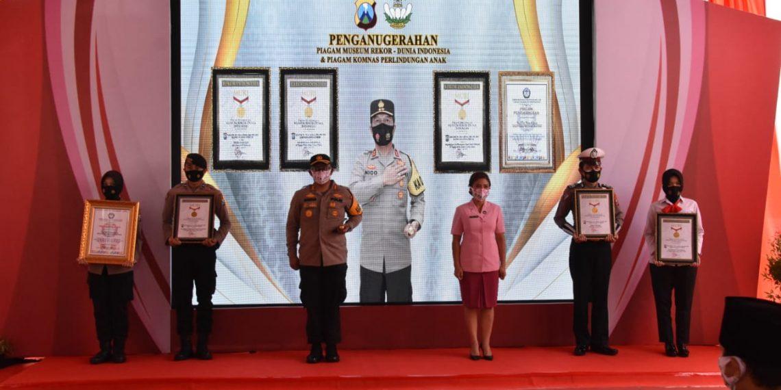 Polres Trenggalek Pecahkan Tiga Rekor MURI dan Penghargaan Komnas PA