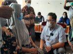 vaksinasi di pasar kandangan kediri dihadiri bupati kediri hanindhito
